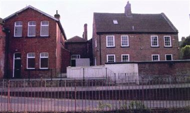 Property image of home to let in Station Houses, Selby