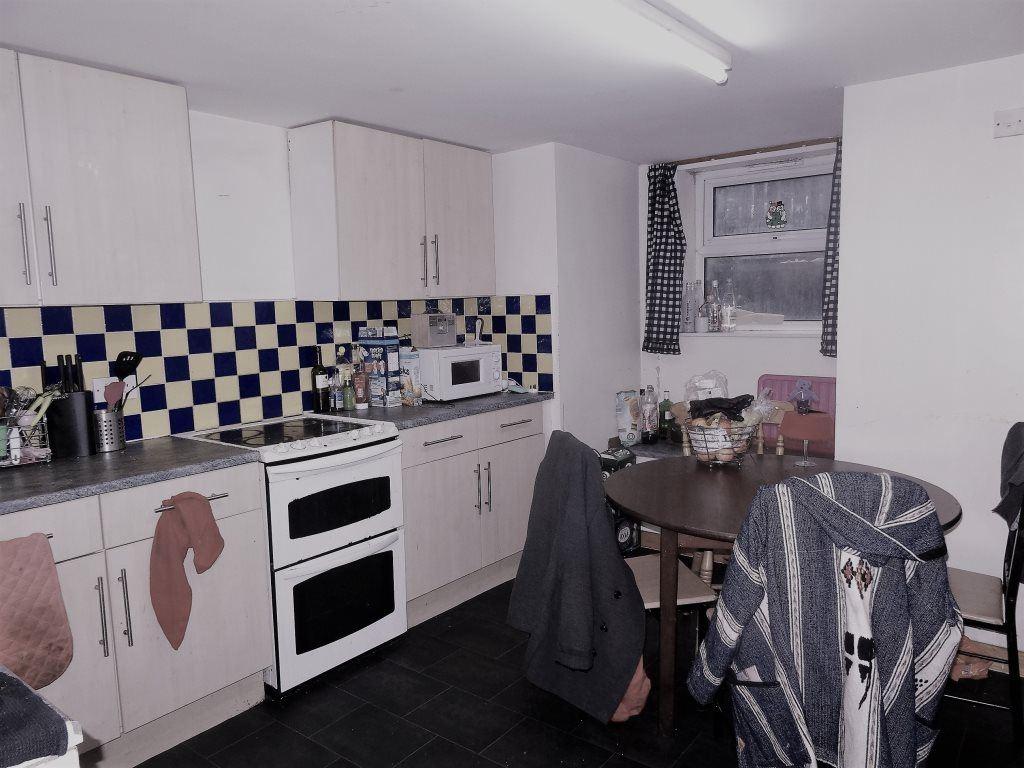 & Ashville Terrace, Leeds