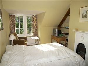 Property image of home to let in Grand Avenue Rm, Camberley