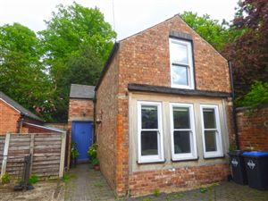 Property in Hillmorton Road, Rugby