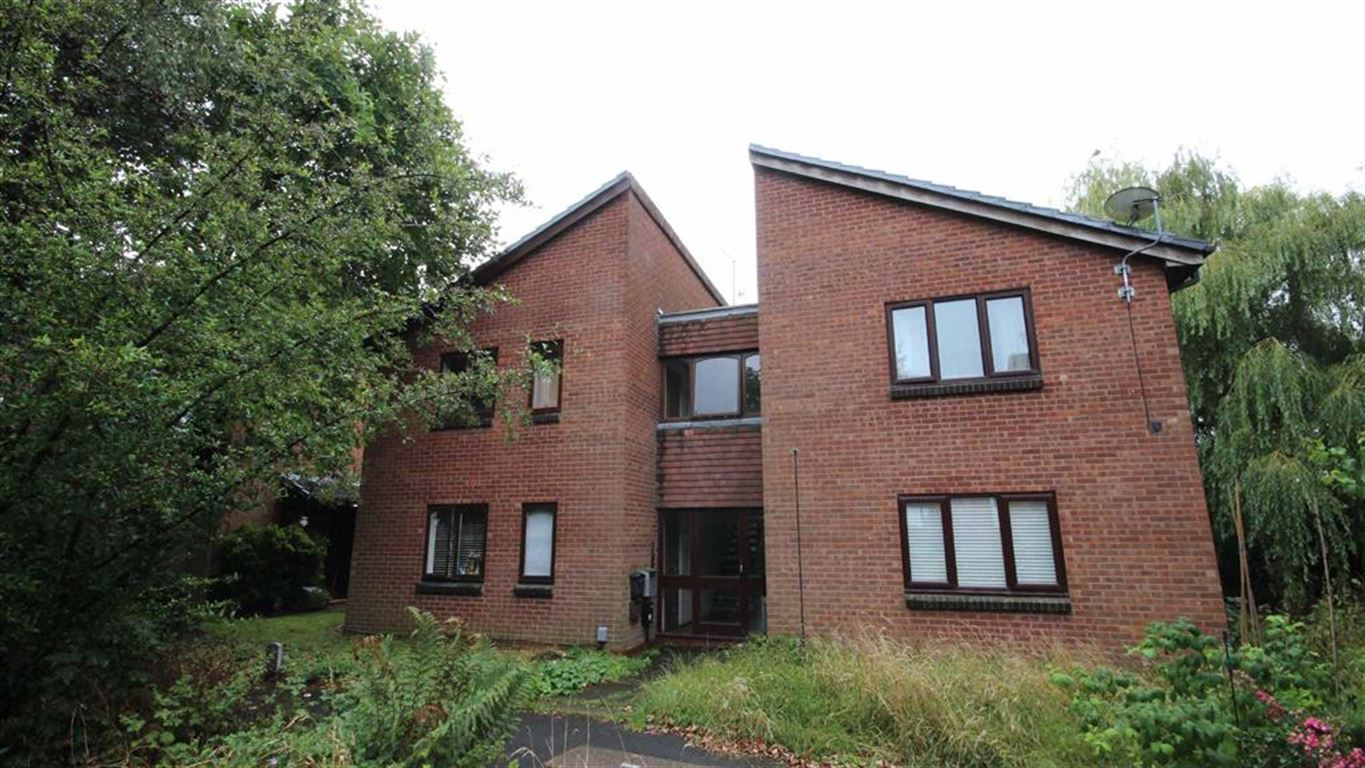 1 Bedroom Property for sale in William Tarver Close, Warwick, CV34