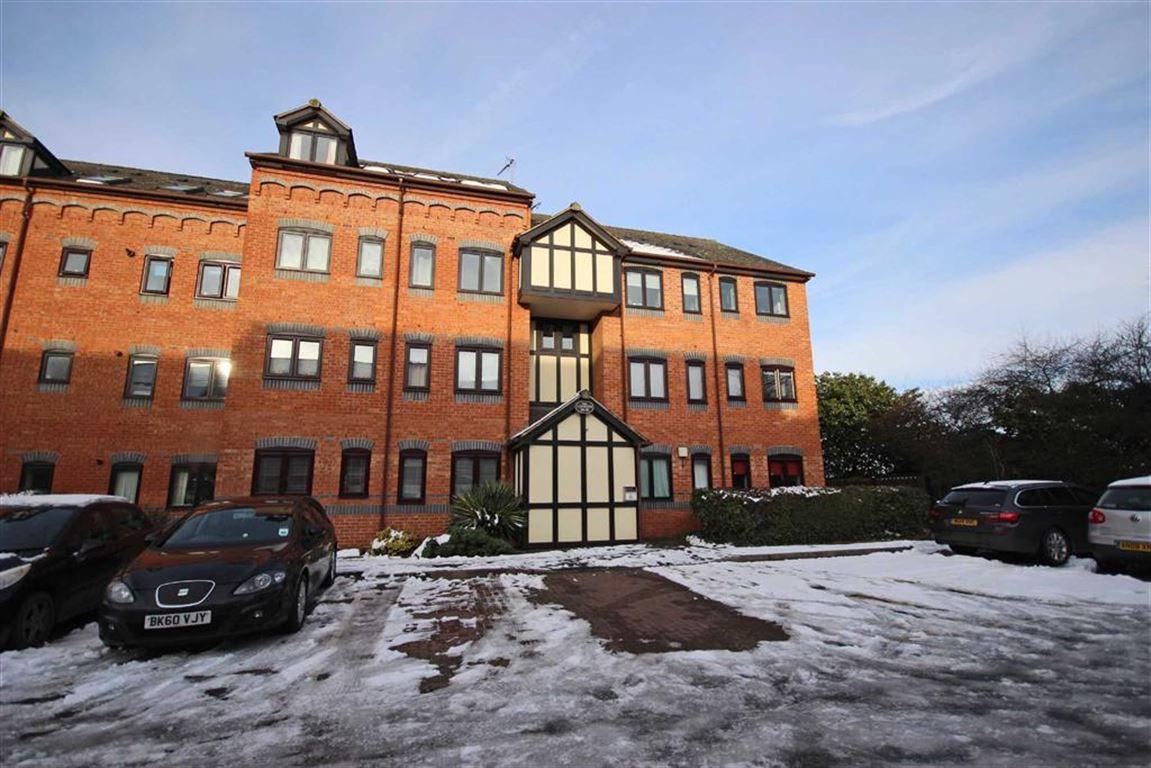 2 Bedrooms Flat for sale in Gatehouse, Leamington Spa, CV31