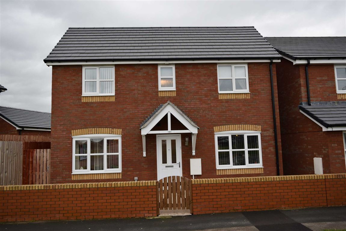 3 Bedrooms Property for sale in Holker Street, Barrow-in-Furness, Cumbria