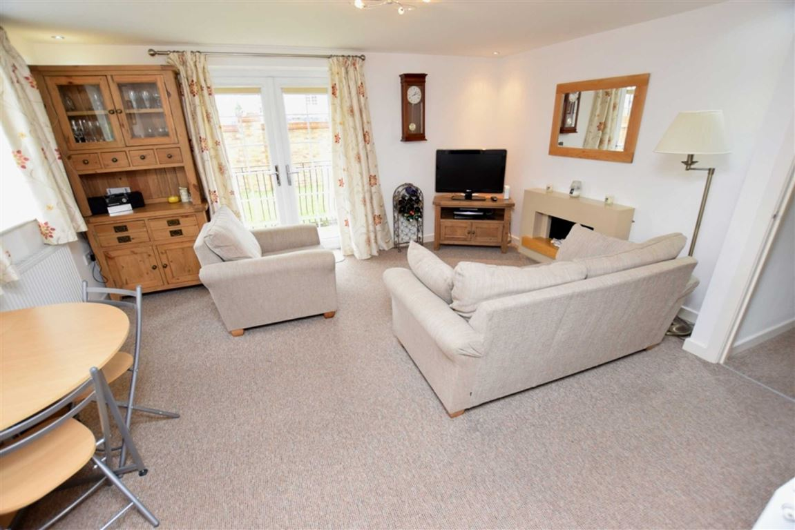 2 Bedrooms Flat for sale in Sherbourne Avenue, Barrow-in-Furness, Cumbria