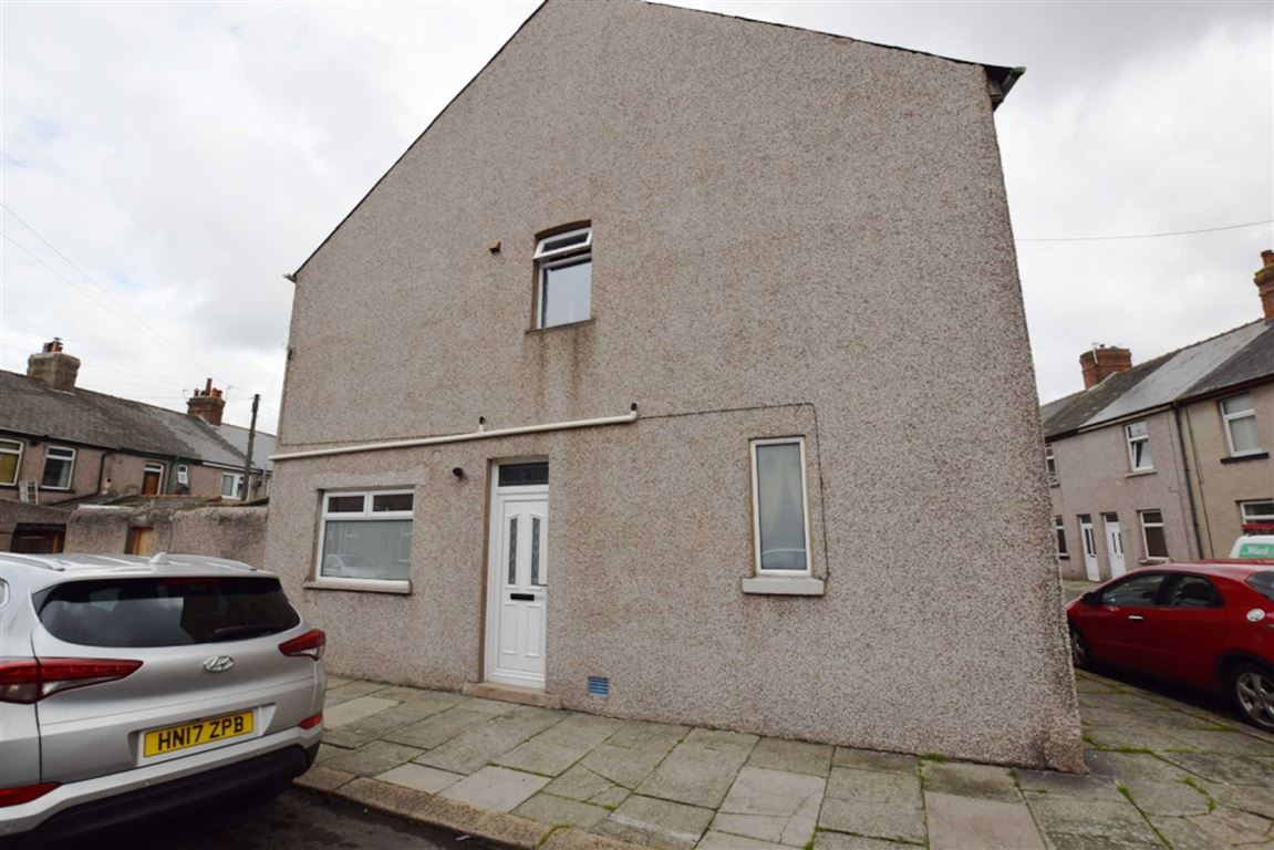 3 Bedrooms Terraced House for sale in Gatacre Street, Barrow-in-Furness, Cumbria