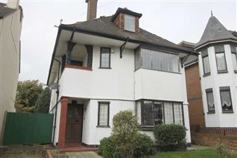 Property image of home to let in 33 Cossington Road, Westcliff On Sea