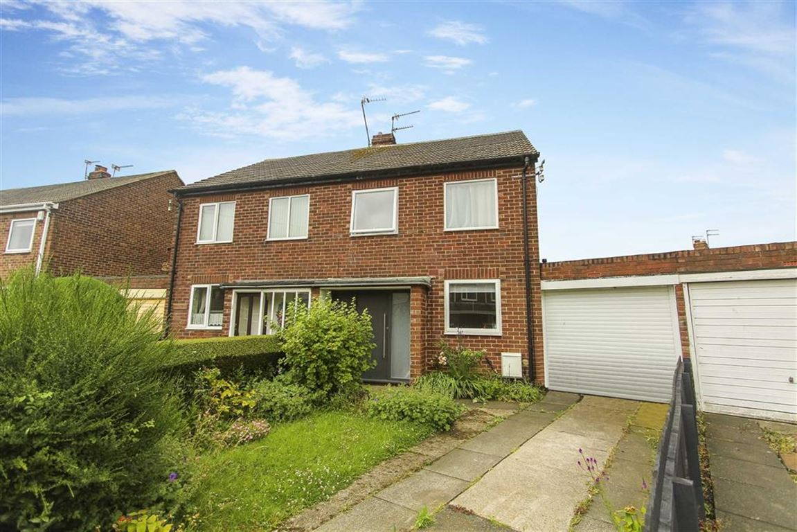 2 Bedrooms Semi Detached House for sale in Arundel Drive, Monkseaton, Tyne And Wear