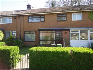 Property image of home to let in Beaumaris Drive, Llanyravon