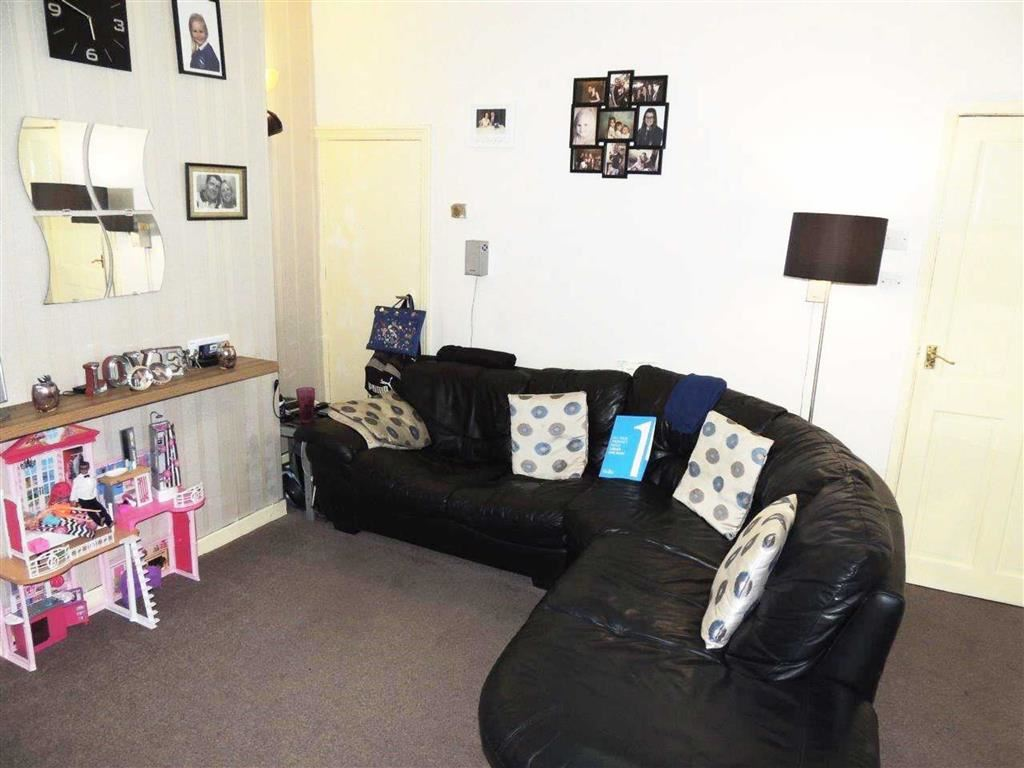2 Bedrooms Terraced House for sale in Ilford Street, Clayton, Manchester