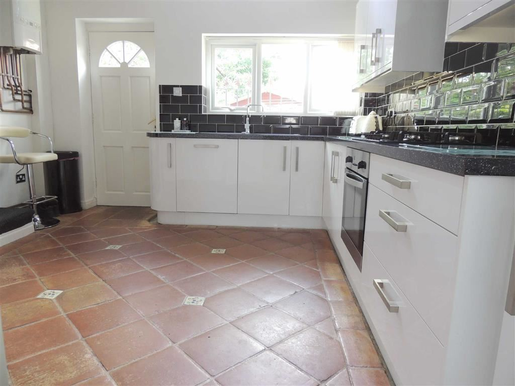 3 Bedrooms House for sale in Bramhall Moor Lane, Hazel Grove, Stockport