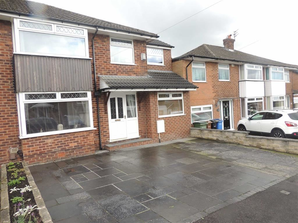 4 Bedrooms Semi Detached House for sale in Westover, Romiley, Stockport