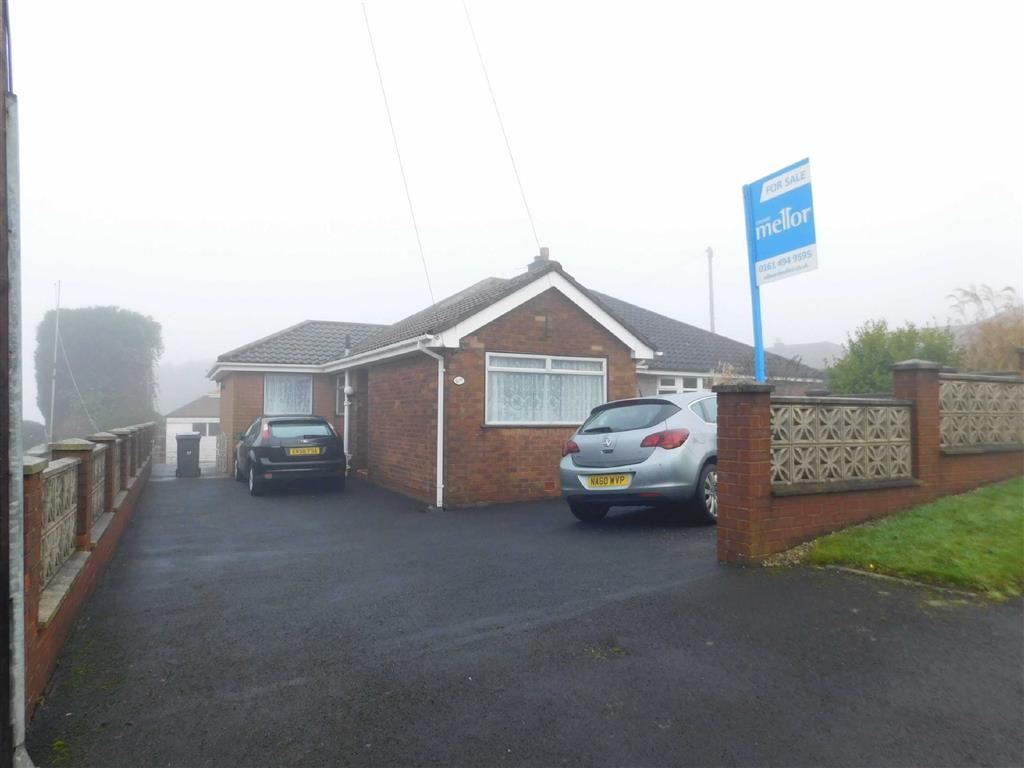 2 Bedrooms Semi Detached Bungalow for sale in Brabyns Road, Gee Cross, Hyde