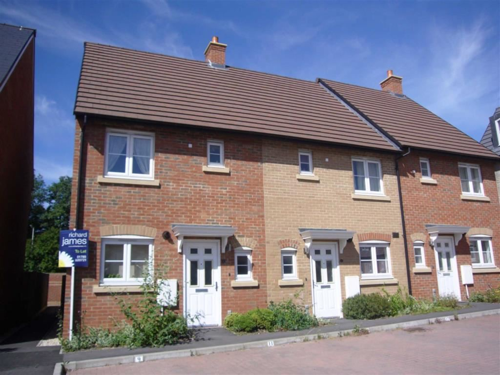 2 Bedrooms Terraced House for rent in Strouds Close, Swindon, Wiltshire