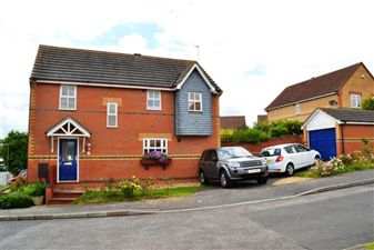 Property in Gunnell Close, Kettering