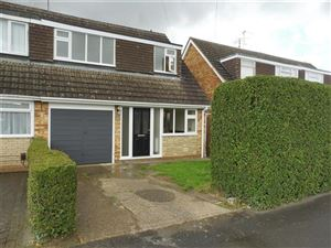 Property in Fitzwilliam Drive, Barton Seagrave, Kettering, NN15