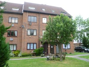 Property in Sheraton Mews, Gade Ave, Watford