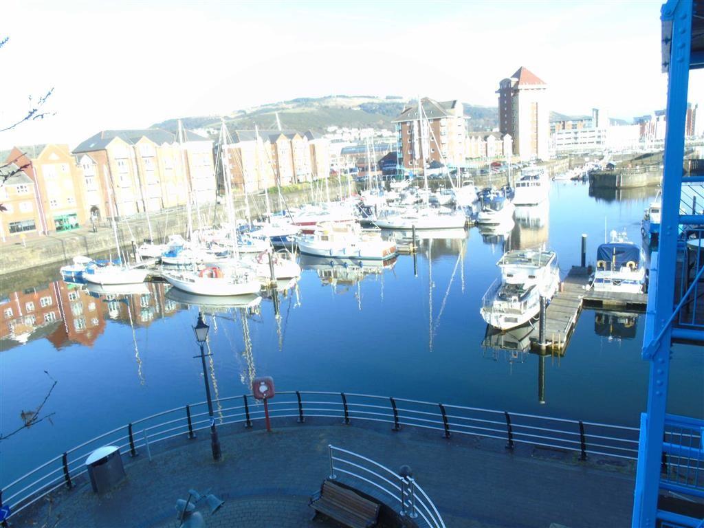 Abernethy Square, Marina, Swansea