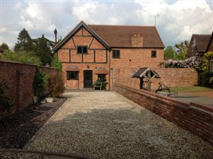 Property in The Coach House, Barford