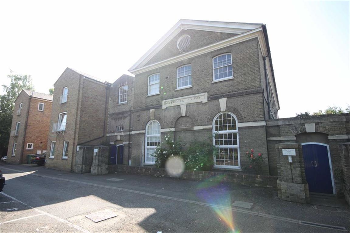 2 Bedrooms Property for sale in Old St Pauls, Russell Street, Cambridge