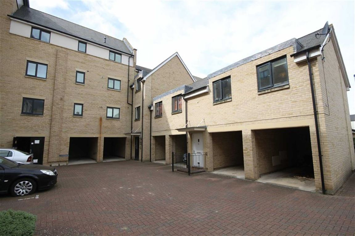 2 Bedrooms Property for sale in Buttercup Road, Cambridge