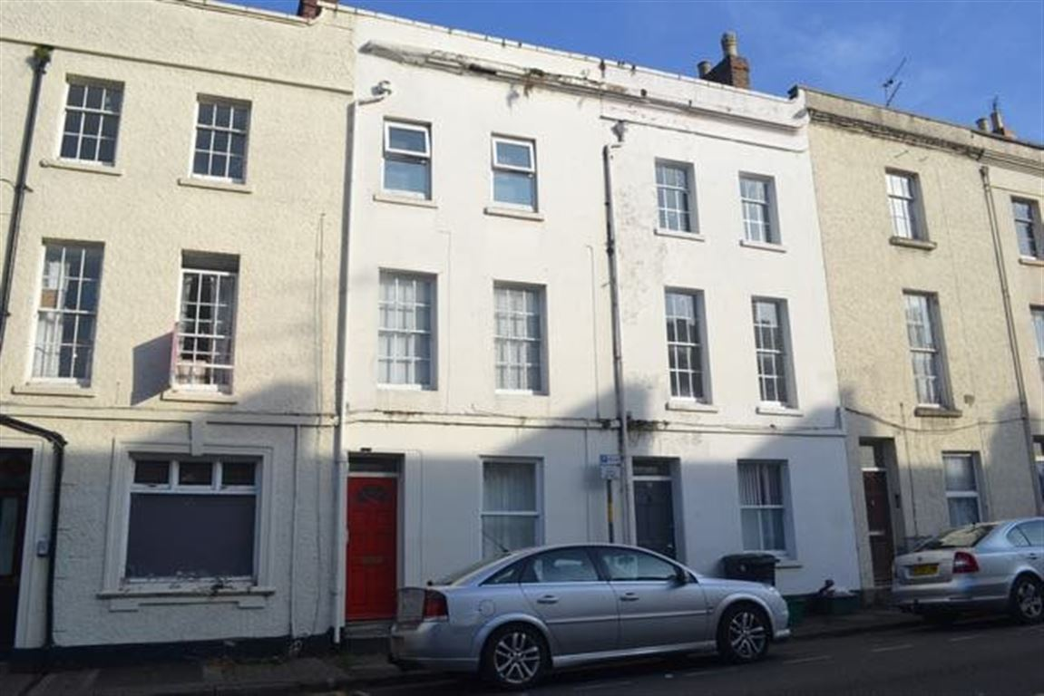 Ft3 Oxford Street, Gloucester, GL1 3EQ