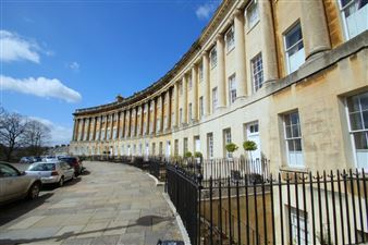 Royal Crescent (ROY03)