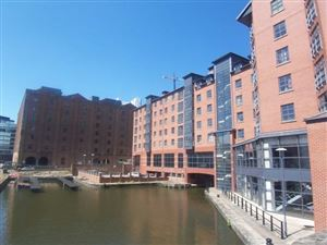 BRIDGE HOUSE, 26 DUCIE STREET, M1