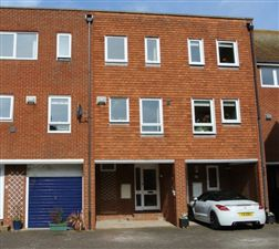 Property image of home to let in Aynsley Court, Sandwich