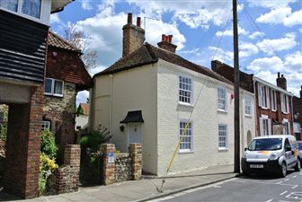 Property image of home to let in Millwall Place, Sandwich