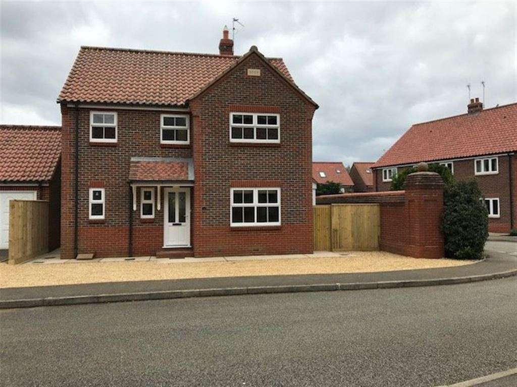 4 Bed Detached House To Rent   Heacham