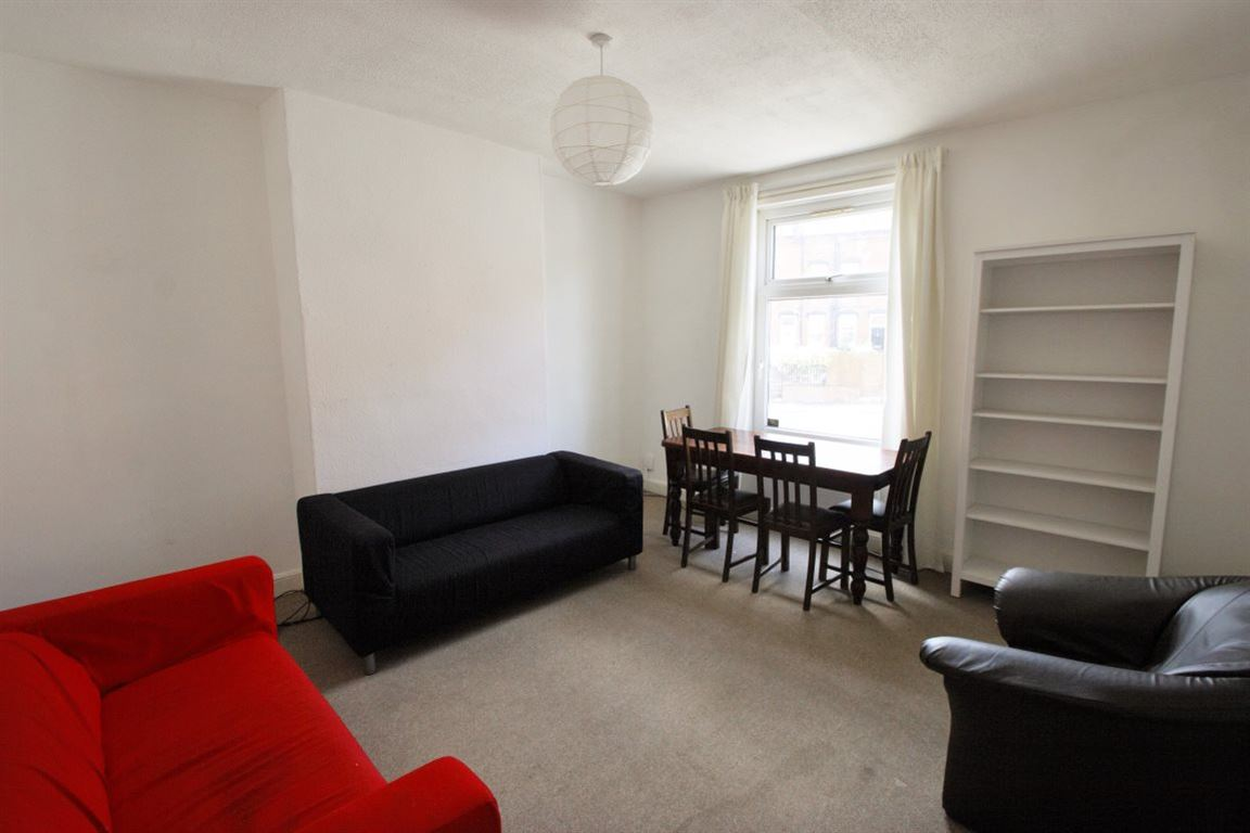 Springhill Terrace, Meanwood, LS6 4EY