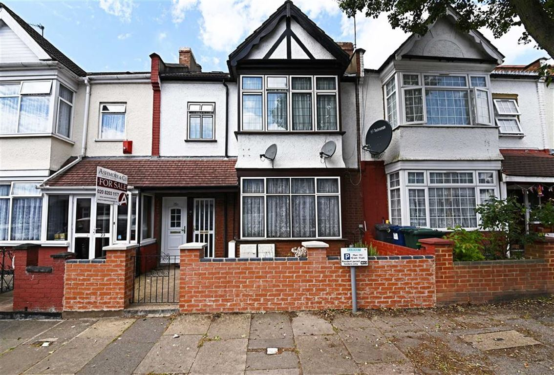 3 Bedrooms Property for sale in Dartmouth Road, Hendon, London