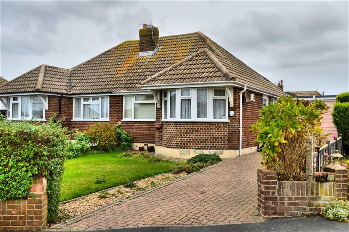 2 Bedrooms Semi Detached Bungalow for sale in Battle Close, Seaford, East Sussex