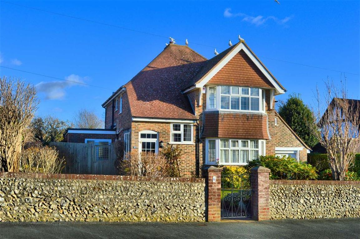 3 Bedrooms Detached House for sale in Southdown Road, Seaford, East Sussex