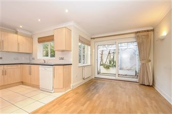 Property in Century Row, Middle Way, Summertown