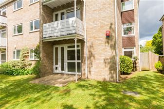 Property in Heron Place, Hernes Road, Oxford
