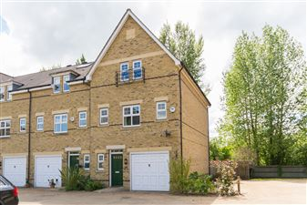 Property in Cox's Ground, The Waterways, Summertown