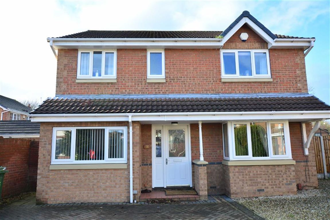 4 Bedrooms Property for sale in Paddock View, Castleford, WF10