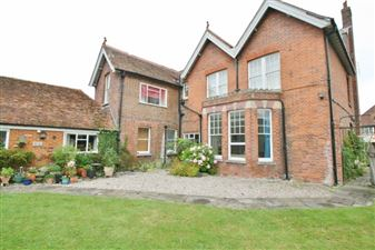 Property image of home to let in New Street, Sandwich