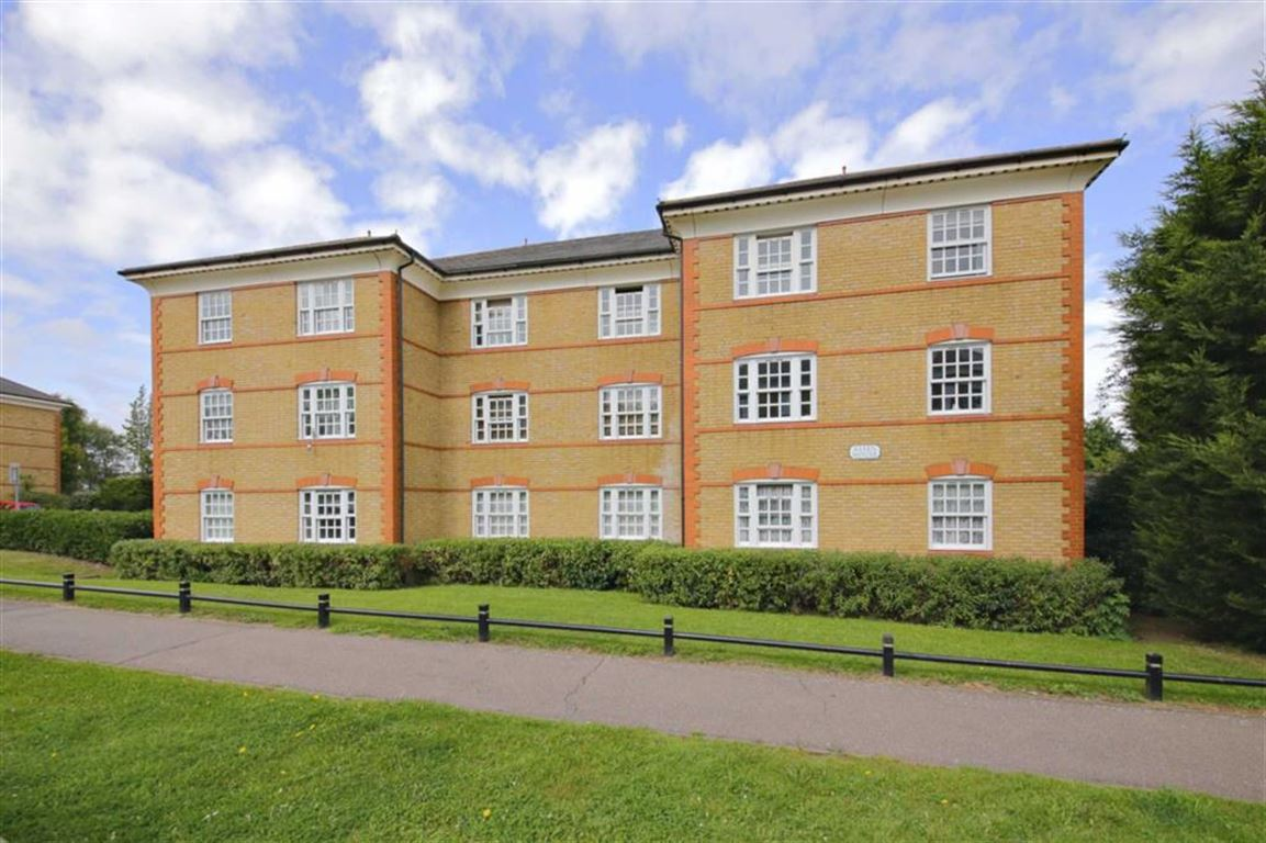 2 Bedrooms Flat for sale in Hanbury Drive, Winchmore Hill, London
