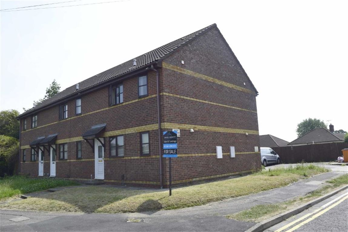 1 Bedroom Property for sale in Water Meadows, Basildon, Essex