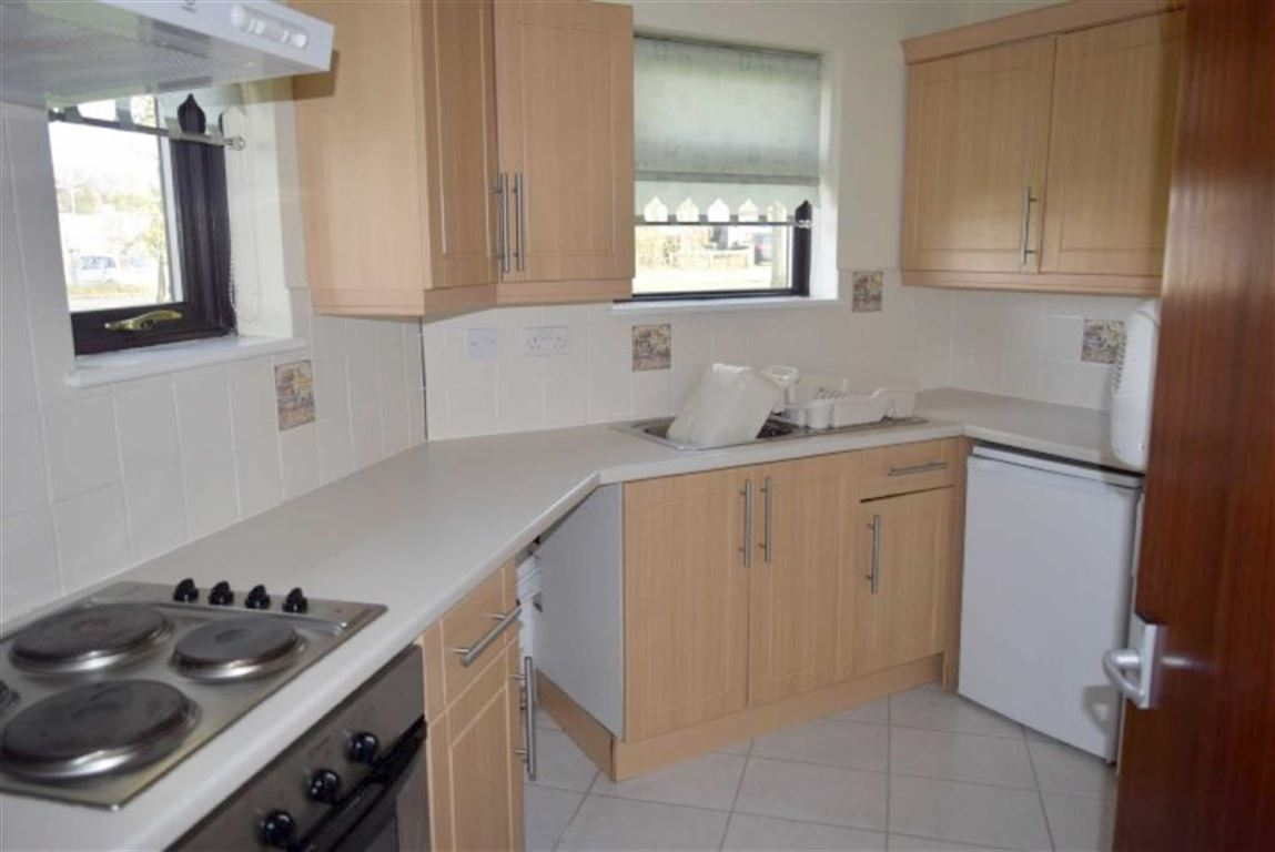 1 Bedroom Terraced Bungalow
