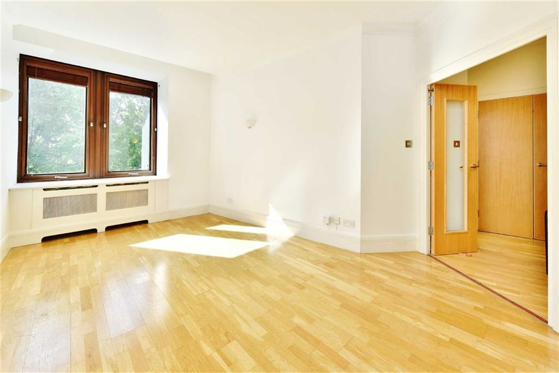 1 Bedroom Apartment Flat for sale in The Whitehouse Apartments, South Bank, London