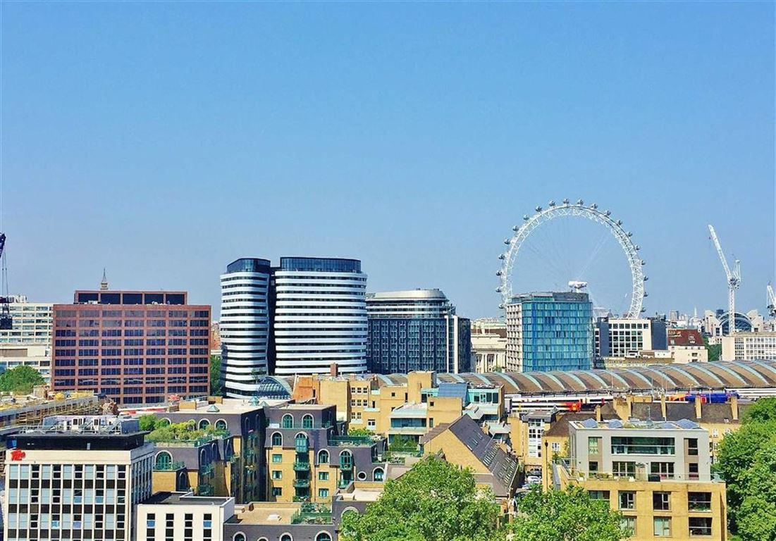 2 Bedrooms Apartment Flat for sale in The Perspective Building, Waterloo, London