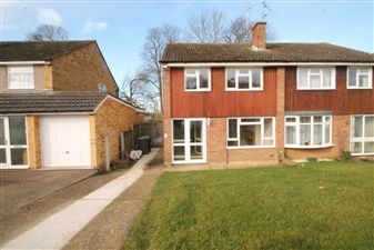 Property in Cedar Close, Ditton, Aylesford, Kent, ME20 6EN