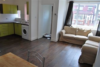 3 bedroom House to rent in Leeds