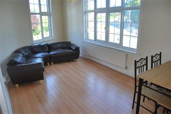 2 bedroom Flat to rent in Leeds