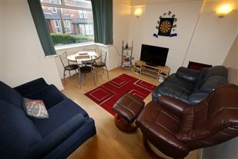 4 bedroom House to rent in Leeds