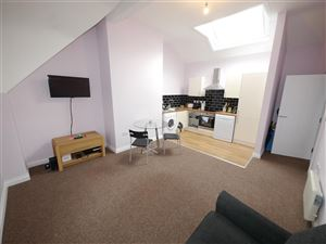 1 bedroom Flat to rent in Leeds