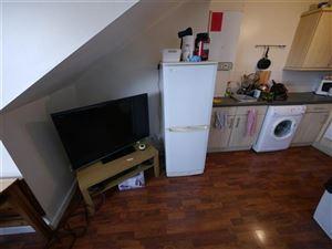 2 bedroom Flat to rent in Leeds
